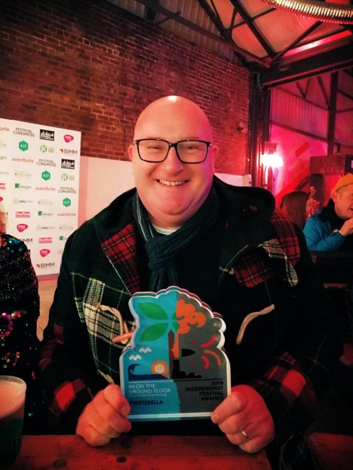 Andy Carr TKASG Twisterella AIF Award